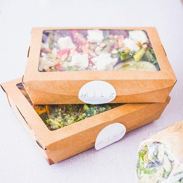 Крафт-коробка из переработанного картона с окошком из кукурузного крахмала, 960 мл, 180 x 35 x 45 мм, в пачке 300 шт