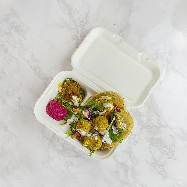Two compartment bagasse clamshell box (228 x 152 mm), 50 pcs per pack